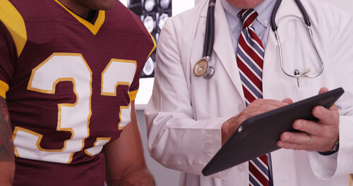 What Types of Jobs Are There In Sports Medicine?